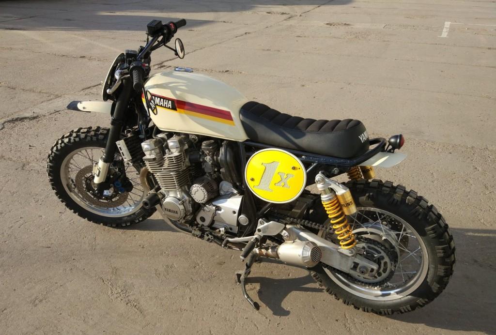 Yamaha XJR1300 Scrambler
