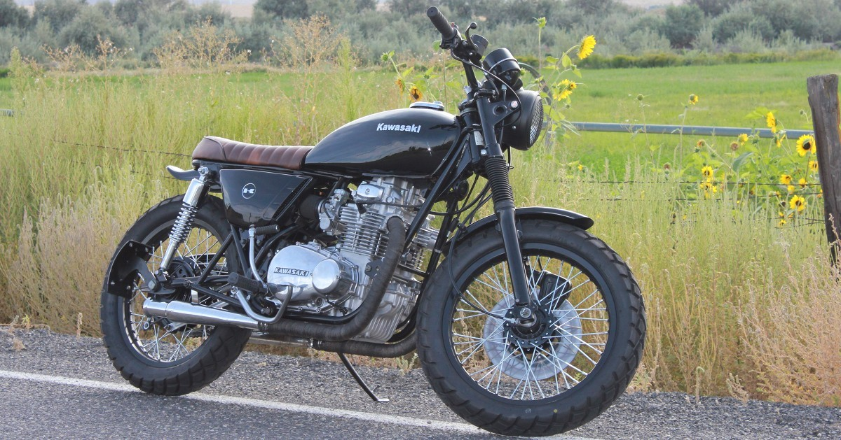 Whoa, Black Betty: Kawasaki KZ400 by Classic Moto Works