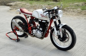 Royal Enfield Classic 500 Cafe Racer