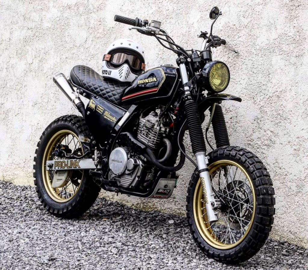 Honda NX650 City Scrambler