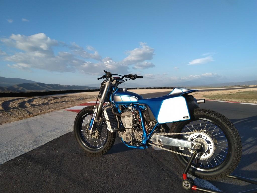 Yamaha YZ400F Flat Tracker