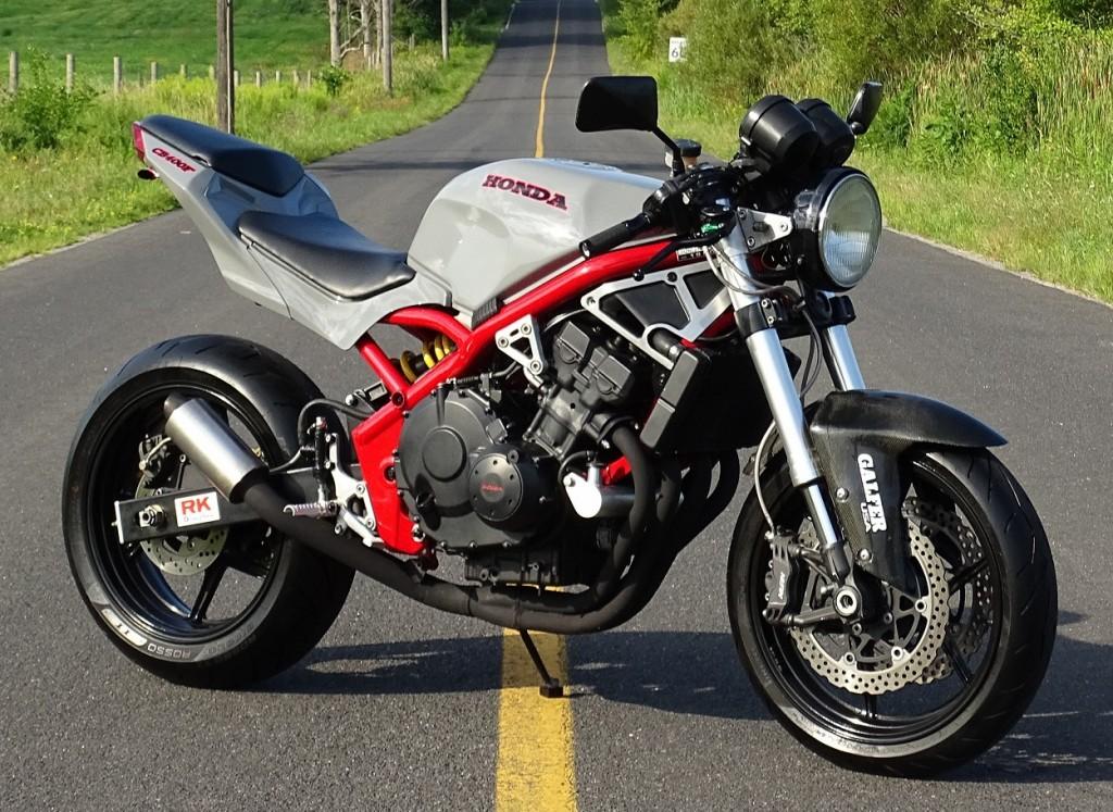Honda CB-1 Restomod