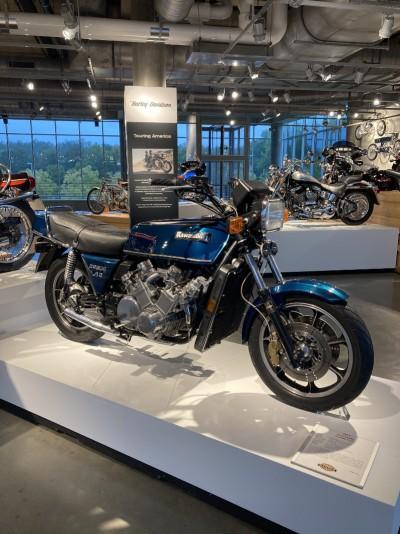 2012 Kawasaki Z2300 V12