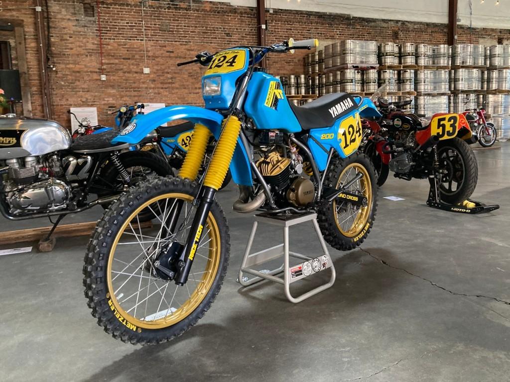 Yamaha IT200 Dirt