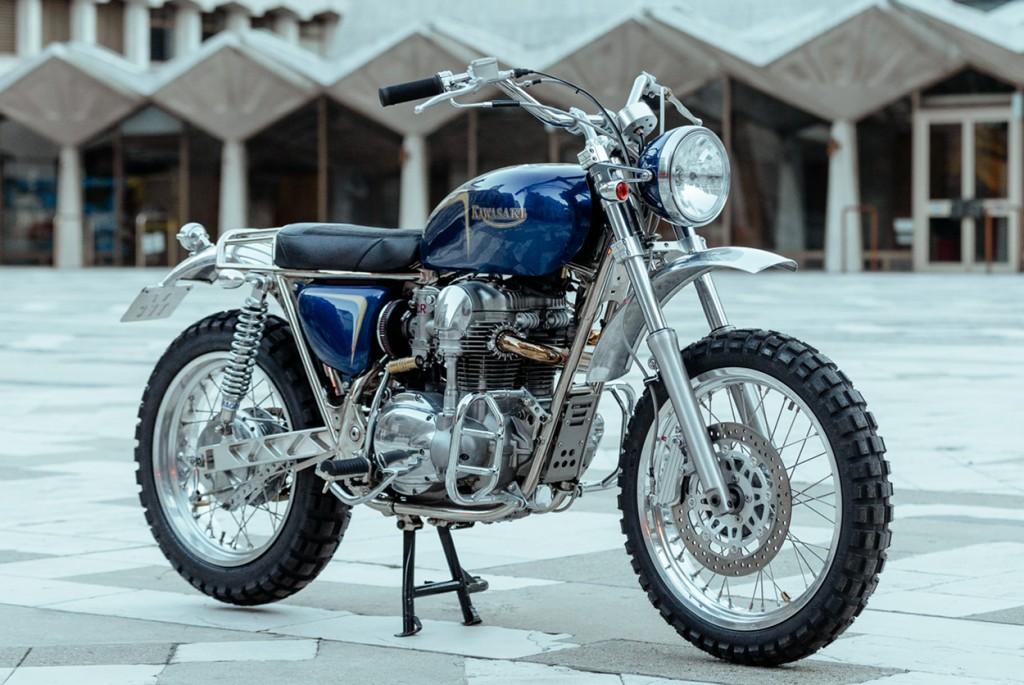 Kawasaki W650 Desert Sled