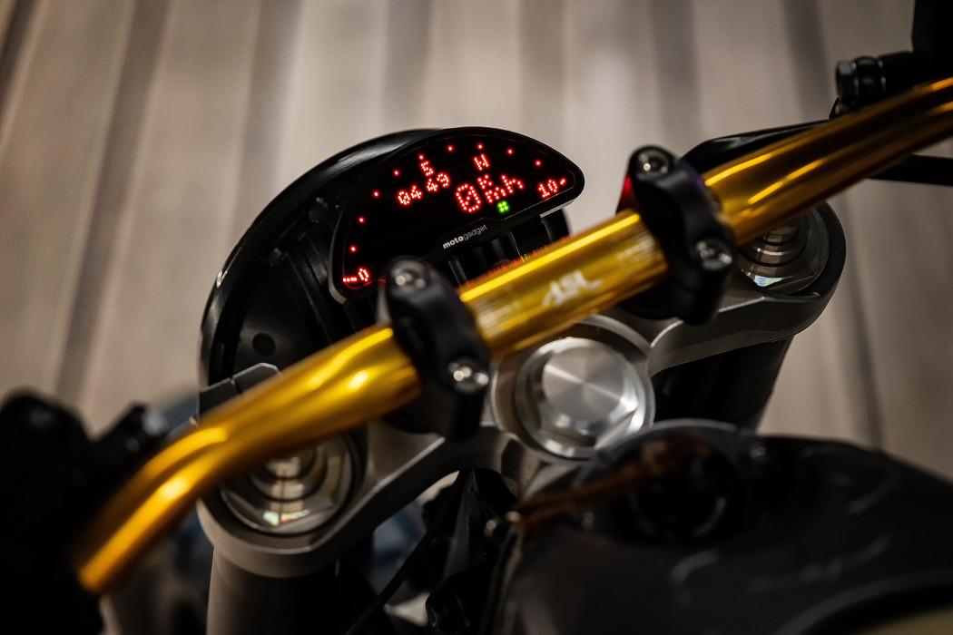 Yamaha MT-01 Custom