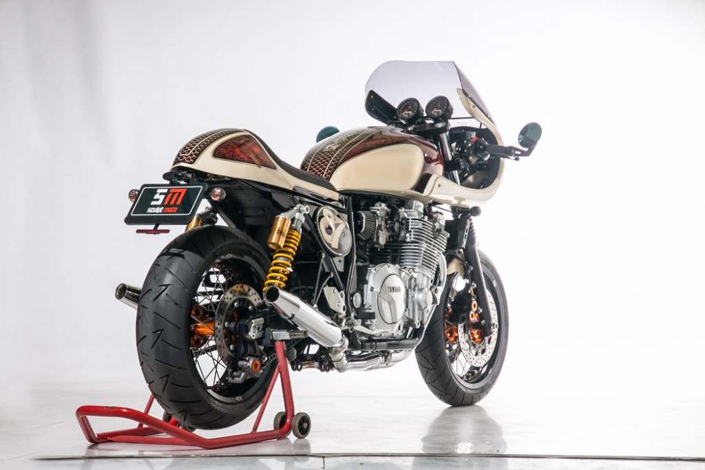 Yamaah XJR1300 Cafe Racer