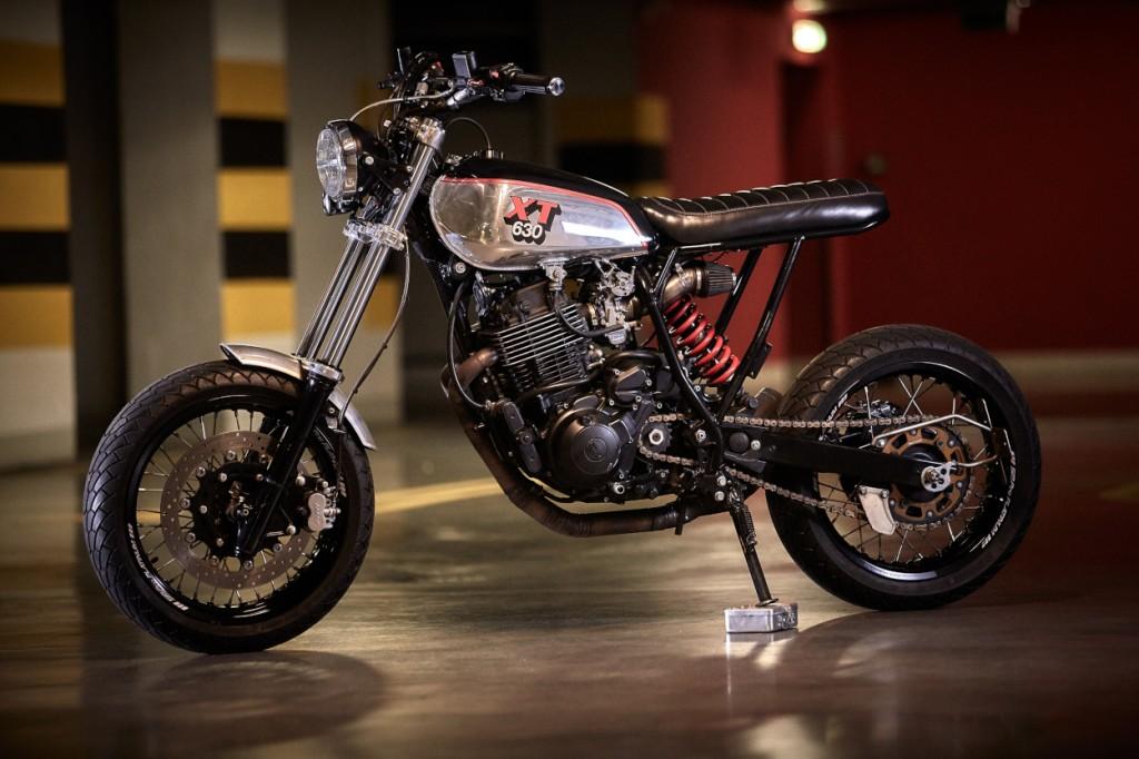 Yamaha XT600 Supermoto