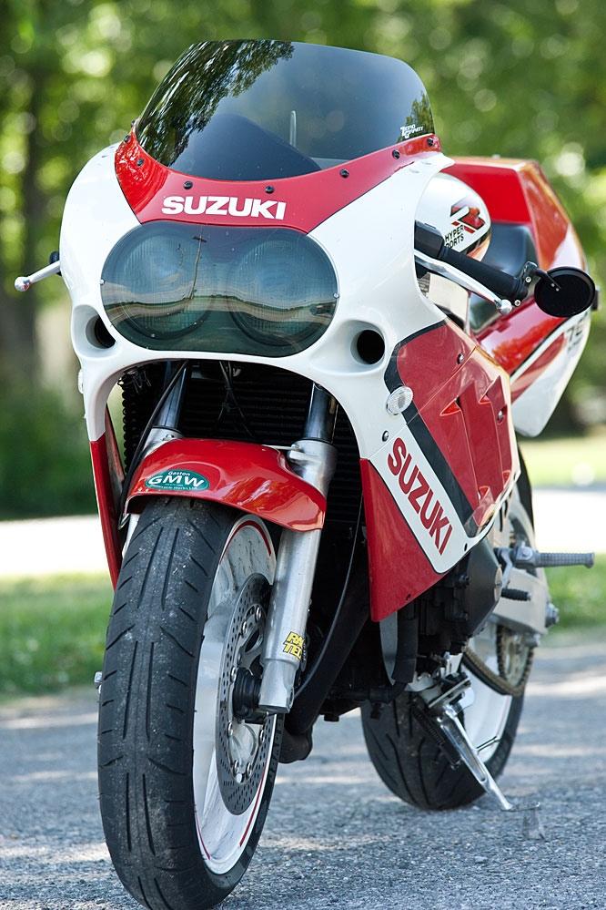 Suzuki GSX-R750 Slingshot