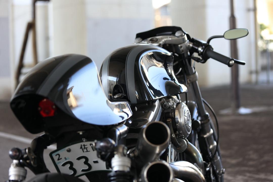 883 Cafe Racer