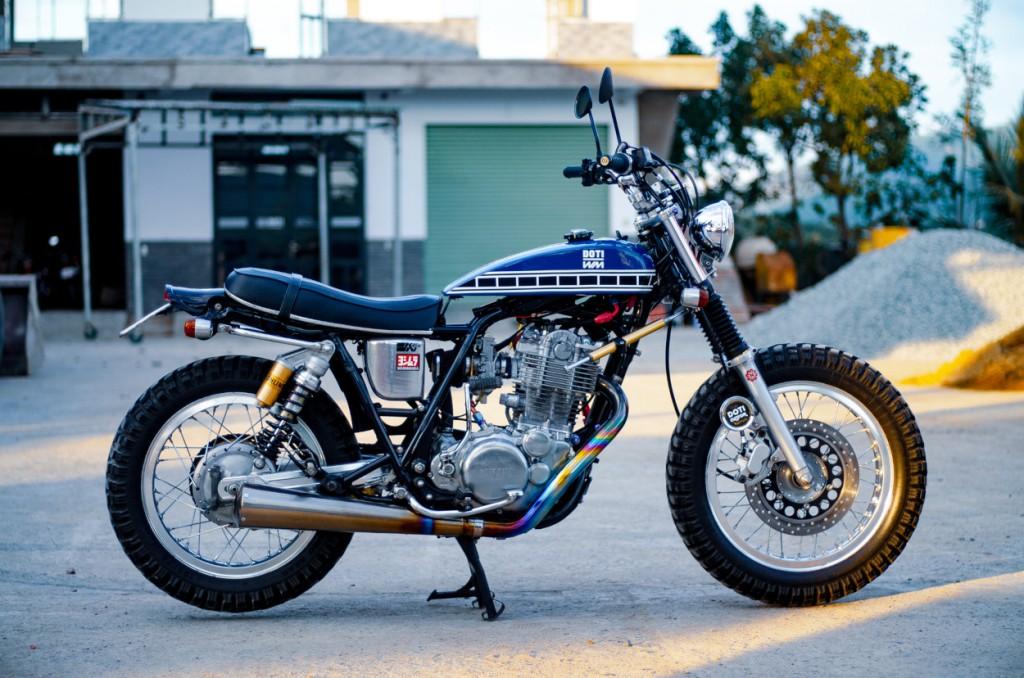 Yamaha SR400 Custom