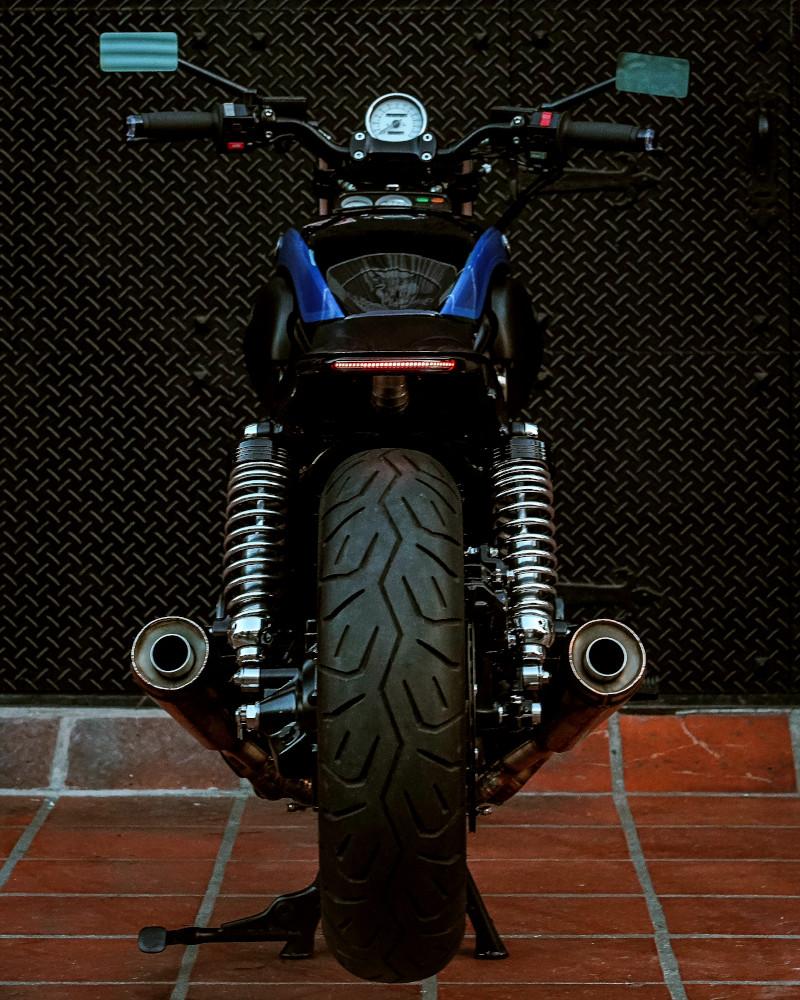 Custom V-Max