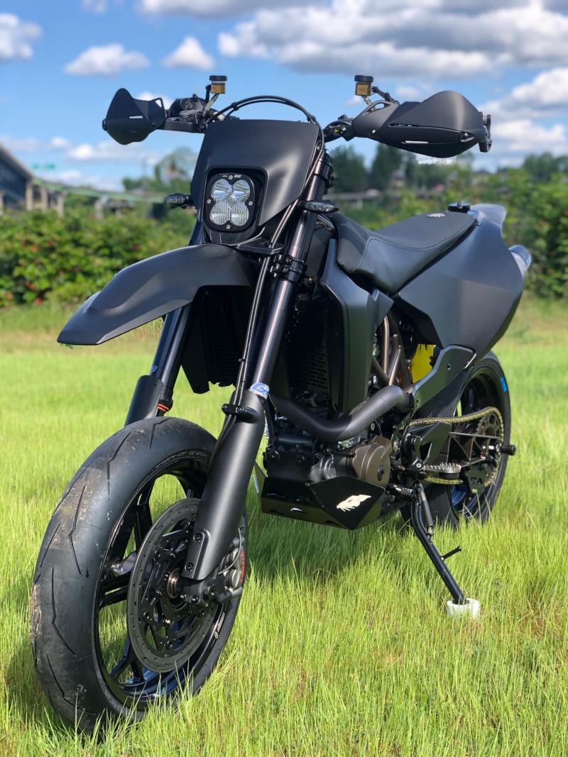 Custom Husky 701 Supermoto