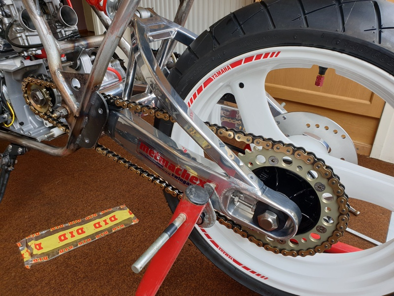 Yamaha 350 YPVS Cafe Racer