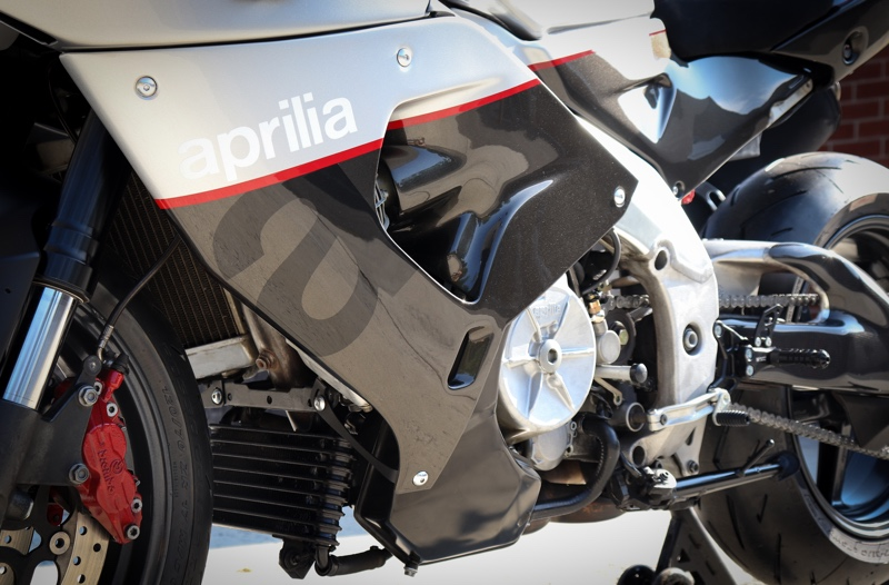 Aprilia RSV1000 Custom