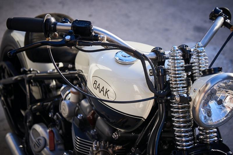 Triumph Bobber Custom
